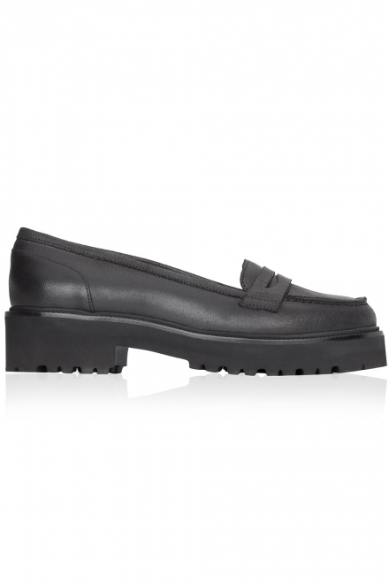 mm6-maison-martin-margiela-black-leather-mocassins-black