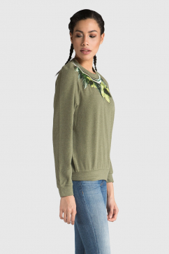 emma-cook-daffodil-embroidery-sweatshirt-green