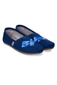 toms-ink-canvas-embroidery-slip-ons-navy